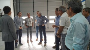 Durant la inauguració, el director comercial de Tecnical, Joan Badia, va mostrar les noves instal·lacions als convidats a l'acte.